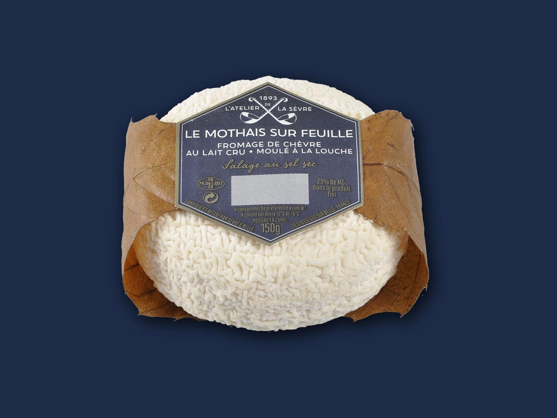 Le Mothais sur feuille 150g - fromage de chèvre au lait cru - moulé à la louche - Atelier de la sèvre